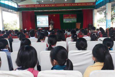 Công tác tuyên truyền giáo dục An toàn giao thông cho học sinh trường TH Trưng Vương.