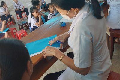 Công tác phối hợp với trạm y tế Khám sức khỏe định kỳ cho học sinh